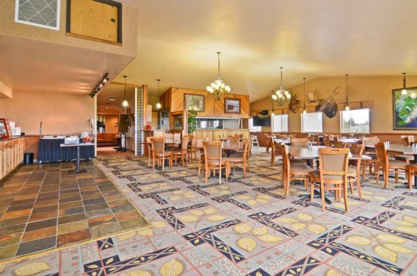 Otter Room Bar Grill Dining At The Best Western Bidarka Inn